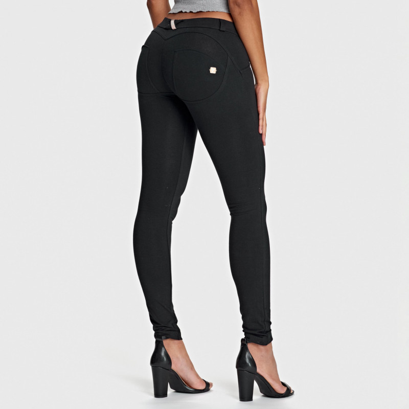 WR.UP® - Low Waist Skinny - Black - N0