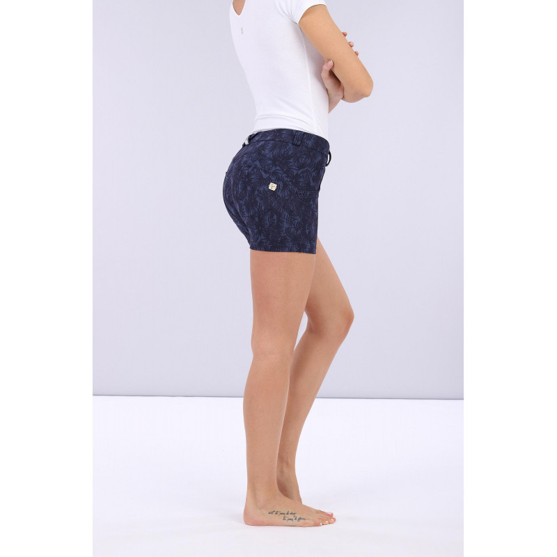 WR.UP® Shorts - Regular Waist - Allover Flower-Print - Allover Flower-Print - Indigo - FLO8