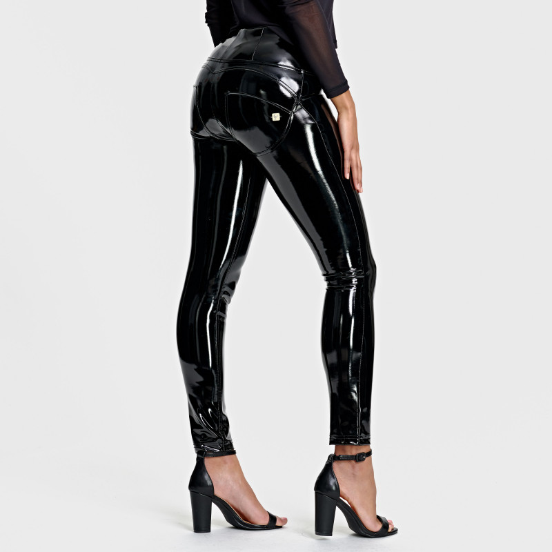 WR.UP® - High Waist Skinny mit Latex-Effekt - Black - N0