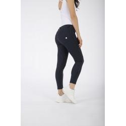 WR.UP® Denim - Regular Waist Skinny - Black Denim - Black Seam - J7N