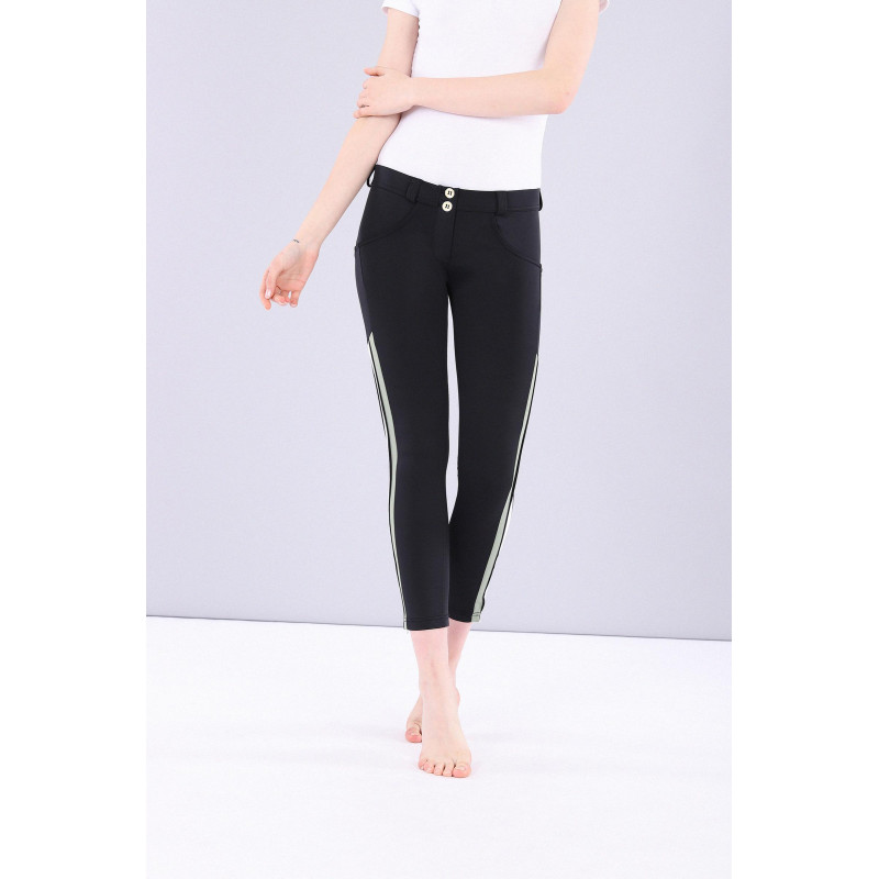 WR.UP® Performance Fabric - 7/8 Regular Waist Skinny - Kontraststreifen - Black - N0