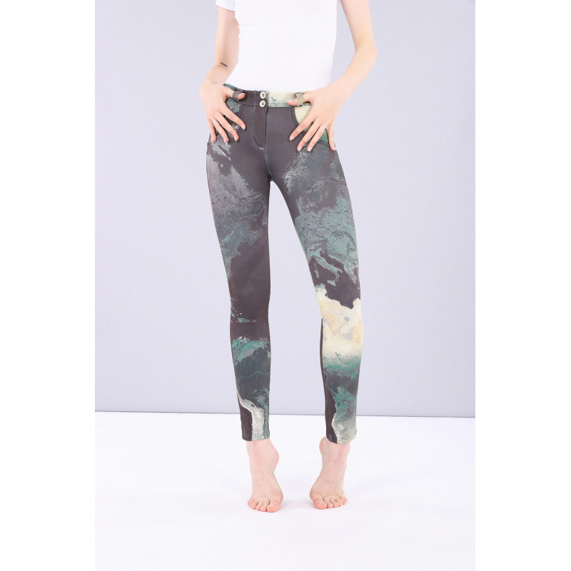 WR.UP® - Regular Waist Skinny - Made in Italy - World Allover - CAMO10
