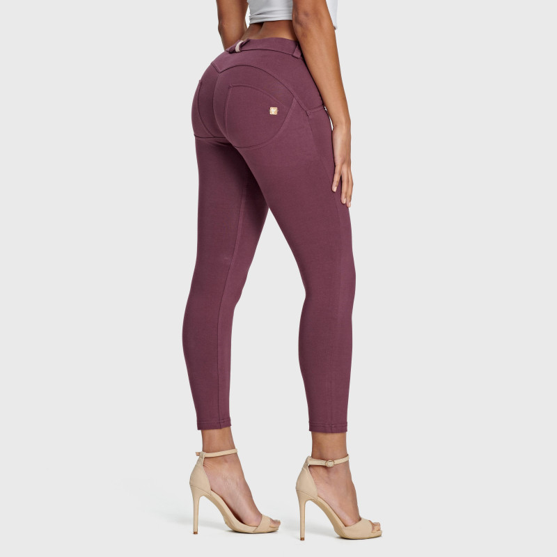 WR.UP® - 7/8 Regular Waist Super Skinny - Bordeaux - K890