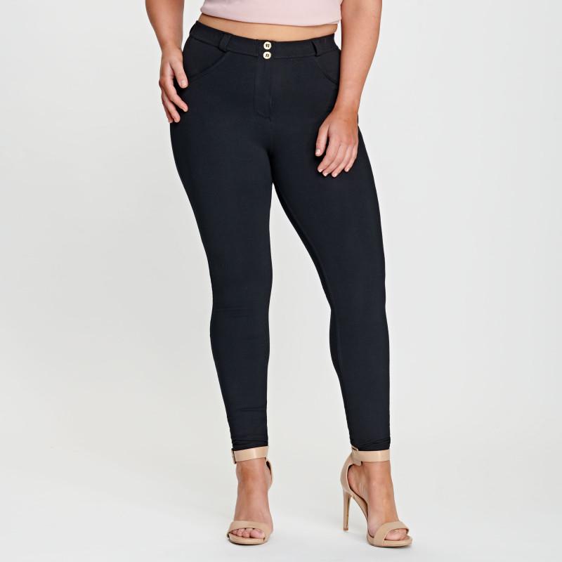 WR.UP® Curvy - Regular Waist Skinny - Black - N0