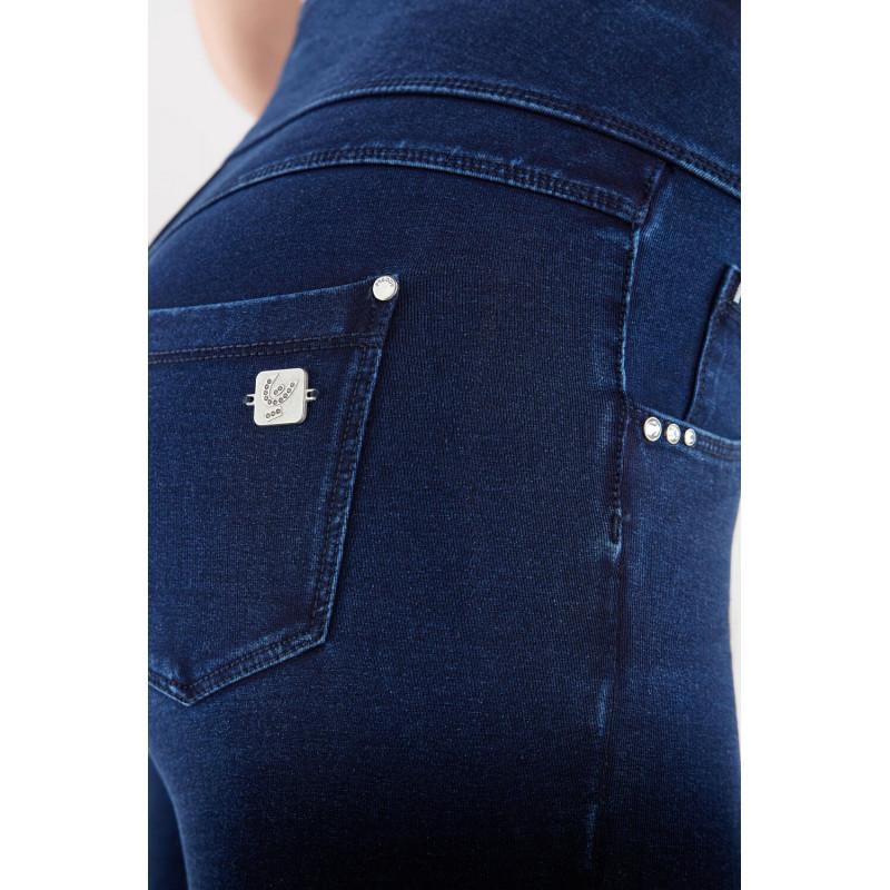 WR.UP® - Regular Waist Super Skinny - Coated Denim-Effect - Tawny Port - K83