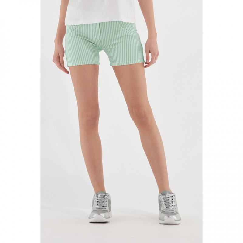 WR.UP® Shorts - Regular Waist - Green Ash - White Stripes - D50W0