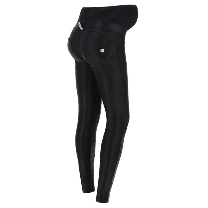 WR.UP® - Umstandshose Skinny - Coated Interlock - Black - N0